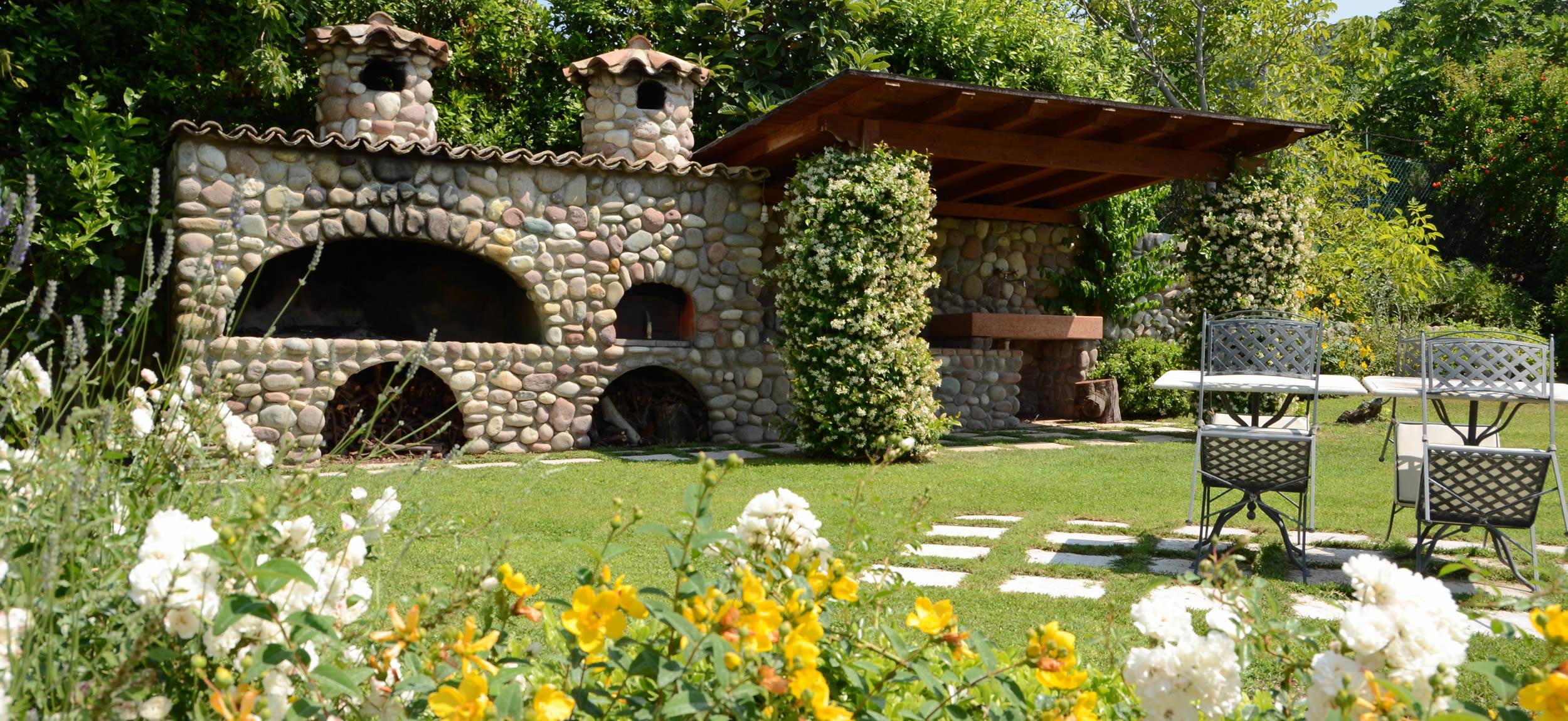 Il giardino delle viole con giardino degli ulivi lazise - Trattoria con giardino milano ...